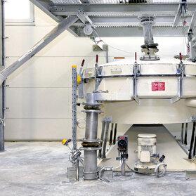 Przesiewacze zataczające wyposażono w nośniki RFID do pracy w strefie pyłowej Ex