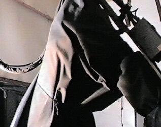 Stanowisko cięcia plazmą – robot KR60L30 firmy KUKA w fartuchu osłaniającym