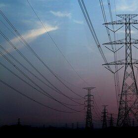 Inteligentne strategie zmniejszają straty techniczne w sieciach energetycznych